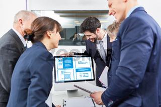 Planung von Webdesign und SEO im Business