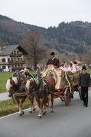 Schliersee, Deutschland, Bayern 05.11.2017: Leonhardifahrt im bayerischen Schliersee