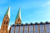 Parlamentsgebäude und St. Petri Dom in Bremen, Deutschland