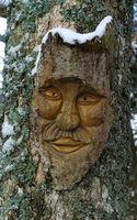 Holzmaske; Waldschrat; Holzschnitzerei;