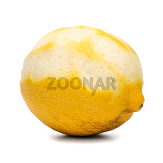 Peeled lemon fruit