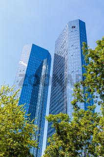 Frankfurt am Main, die Zwillingstürme der Deutschen Bank. Mai 2017.
