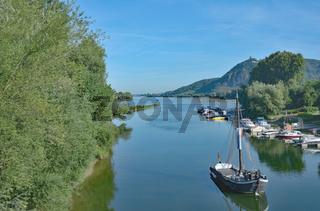 Aalschokker an der Rheininsel Grafenwerth in Bad Honnef,NRW,Deutschland