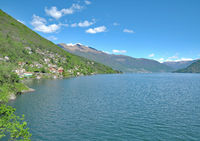 Blick ueber den Lago Maggiore Richtung Ascona im Kanton Tessin,Schweiz
