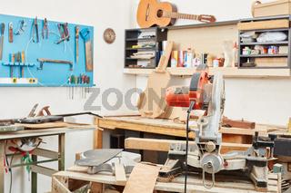 Handwerker Werkstatt für Instrumentenbau
