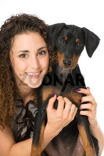 Junge Frau mit Hund