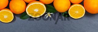 Orangen Orange Frucht Früchte Textfreiraum Copyspace Banner Schieferplatte von oben