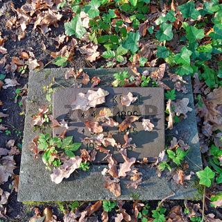 Grab eines Kriegsopfers in der Schönholzer Heide in Berlin-Pankow