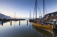 Bootshäuser am Hafen von Althagen, Fischland Darß