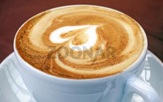 Cappuccino Tasse mit Herz