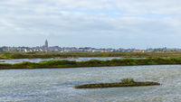 Batz-sur-Mer as seen from Guérande salt marshes