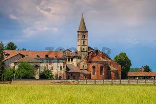 Staffarda Kloster im Piemont - Staffarda abbey, Piedmont, Italy