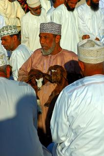 Händler auf dem Ziegenmarkt, Nizwa, Oman