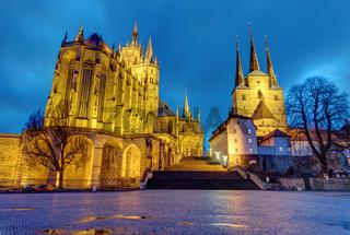 Die berühmte Kathedrale und die Severikirche in Erfurt