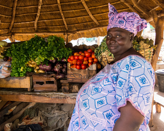Woman selling vegetables in Bamako