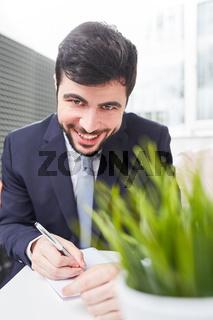 Start-Up Mann als erfolgreicher Manager