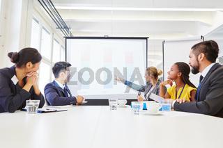 Business Team in einem Strategie Workshop