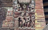 Erotische Holzschnitzereien am Jagannath Tempel