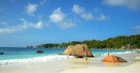 Seychellen Insel Praslin mit den berühmten Granitfelsen