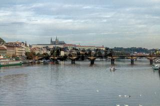 Überquerung der Moldau in Prag
