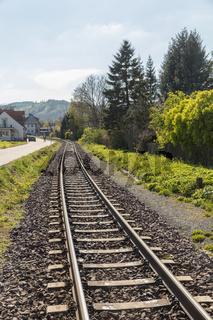Gleis mit Schienen für Bahn oder Zug