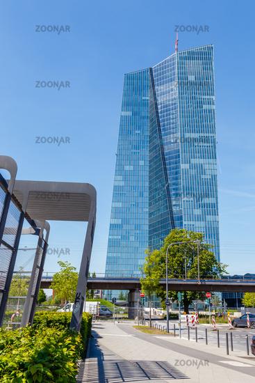 Frankfurt am Main, der Neubau der EZB. Mai 2017.