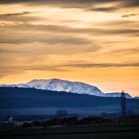 Schneeberg in Niederösterreich mit Himmel darüber