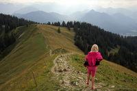 Mädchen beim Wandern