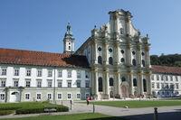 Fürstenfeld, Westfassade