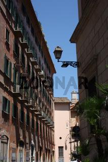 Rom, Gasse an der Piazza Grazioli