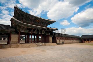 Geunjeongmun Gate Gyeongbokgung