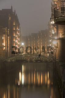 Speicherstadt, Nachtaufnahme, HafenCity, Hamburg, Deutschland