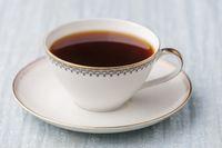 Tasse Kaffee in einer alten Tasse