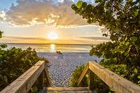 Sonnenuntergang am Naples Beach Florida