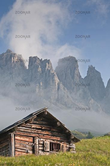 Heuhüttenidylle / alpine idyl