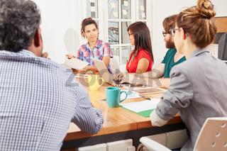 Geschäftsleute im Business Meeting