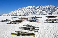 Ski im Schnee,  Skigebiet Les Contamines-Montjoie, Haute-Savoie, Frankreich