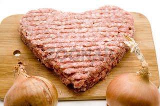 Herz aus Hackfleisch