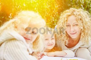 Familie und Kinder malen und zeichnen