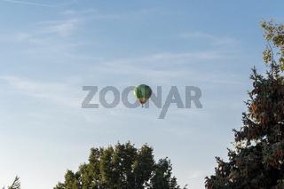 Mit dem Heissluftballon in den Sommerabend