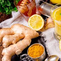 ginger lemonade with honey and lemons