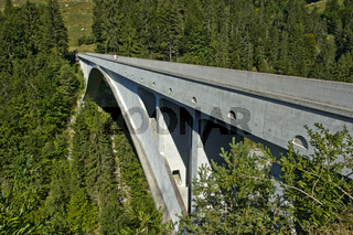 Salginatobelbrücke mit Dreigelenkbogen aus Stahlbeton, Schiers, Salgina Tal, Graubünden, Schweiz