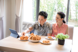 Couples eating together