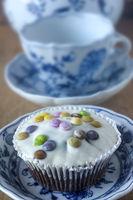 Cupcake und Zwiebelmuster Porzellan