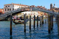 Die Brücke Ponte degli Scalzi, Venedig