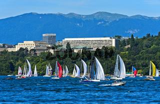 Blick vom Genfersee auf den Ariana Park mit dem UNO-Sitz Palais des Nations; Genf, Schweiz