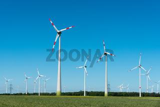 Moderne Windkraftanlagen in Deutschland