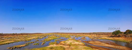 Flusslandschaft am Olifants im Kruger Nationalpark, Südafrika, landscape at Olifants at Kruger National Park, South Africa