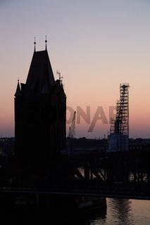 Lübeck, Hubbrücke im Abendlicht