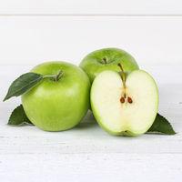 Äpfel Apfel grün Obst Frucht Quadrat Früchte geschnitten auf Holzplatte